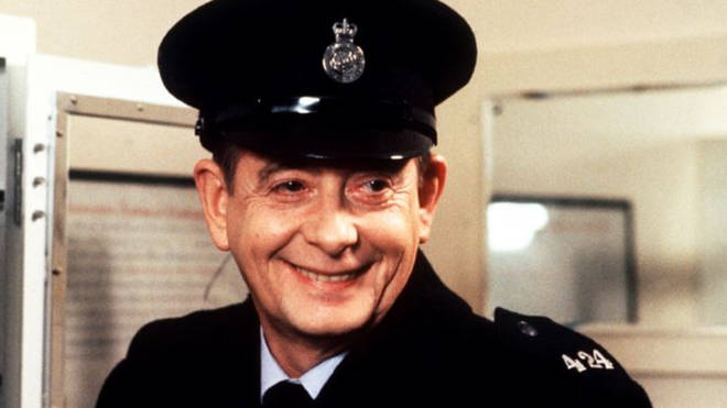 Derek Fowlds in Heartbeat