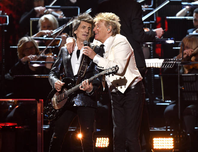 Rod and Ronnie embraced on stage during the BRITs 2020
