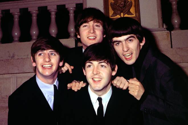 (L-R) Ringo Starr, John Lennon, Paul McCartney, George Harrison circe 1964