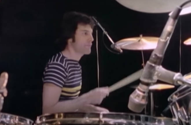 Rare footage of Queen rehearsing at Shepperton Studios in October 1977 shows Freddie Mercury taking Roger Taylor's place at the drums