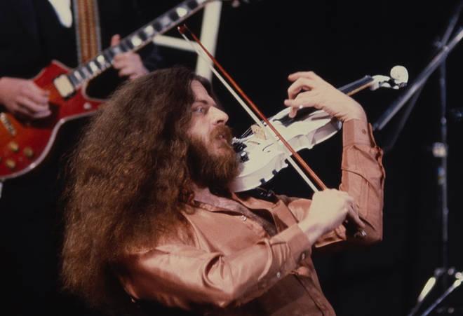 Robby Steinhardt with Kansas in 1982